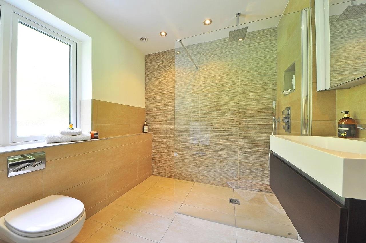 jak-zabezpieczyć-łazienkę-przed-wilgocią